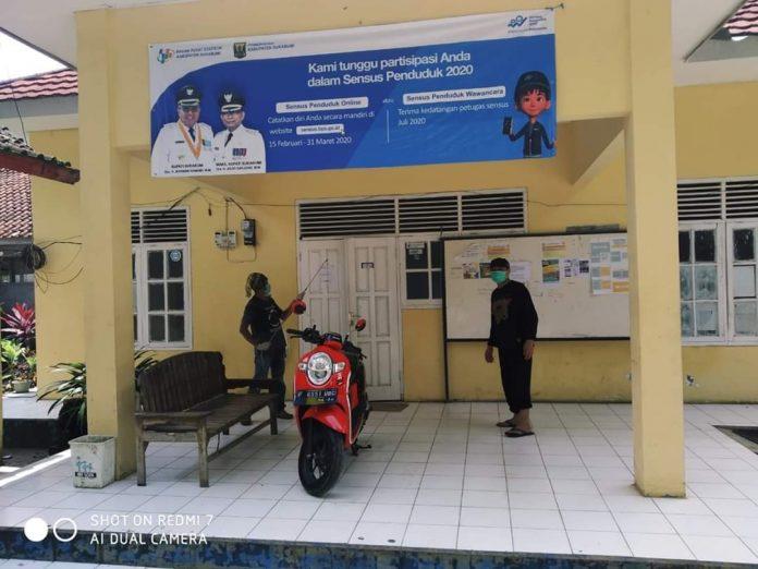Penyemprotan Disinfektan Mandiri Kolaborasi DKM Al-Hidayah