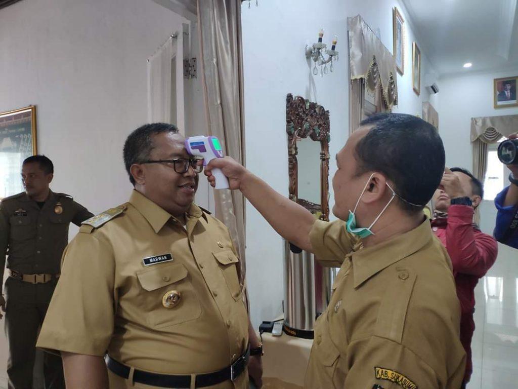 scan cek bupati kabupaten sukabumi
