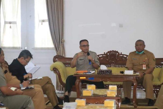 Sekretaris Daerah Kabupaten Sukabumi, H. Iyos Somantri