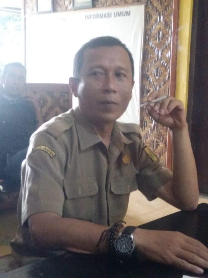 Basroh Rahmadansyah, SE seorang Kepala Desa Nagrak Utara