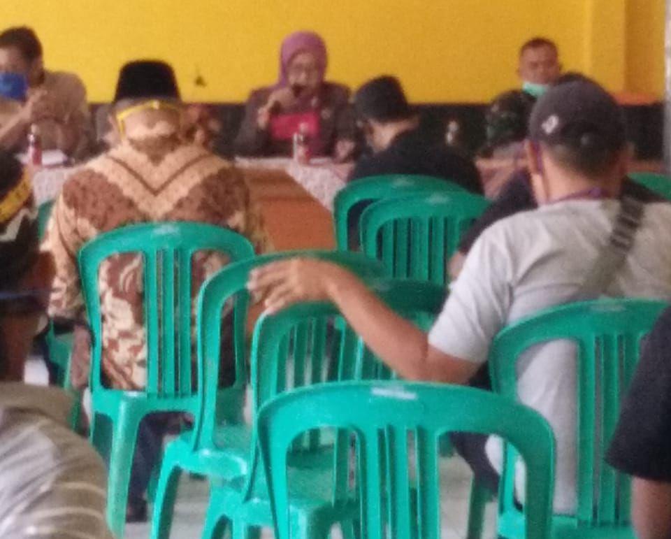 Kaitan Bantuan Langsung Tunai Desa Karangtengah Cibadak Adakan Musdessus - infokowasi berita sukabumi terbaru