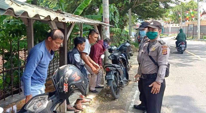 Polsek Cisolok Ops Aman Nusa II, Berikan Himbauan Cegah Corona Terhadap Masyarakat