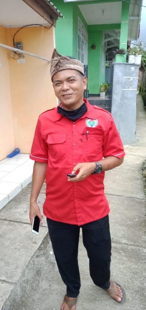 COVID-19 Dilawan Tim Relawan PMI Kota Sukabumi dengan Tim Relawan Desa Sukamanah