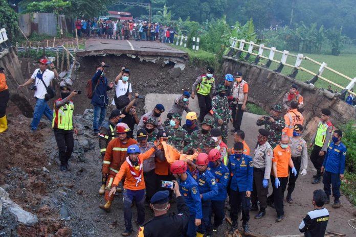 Bupati Purwakarta Cepat Tangani Perbaikan Terkait Rubuhnya Jembatan Bodem