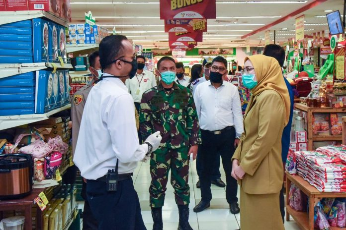 Pegawai Pemkab Purwakarta Wajib Pakai Masker Saat Kerja