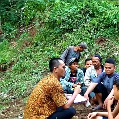 Little Camping Ground : Curug Lodong Desa Jampangtengah