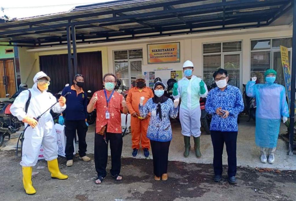 Intensifkan Pencegahan Pandemi, Kec. Sukabumi Bagikan 1.500 Masker